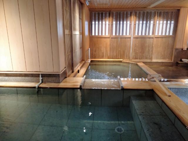 1泊5000円!2つの温泉がとっても素敵な熱海のホテルに泊まってみた【熱海温泉ホテル 夢いろは】 画像5