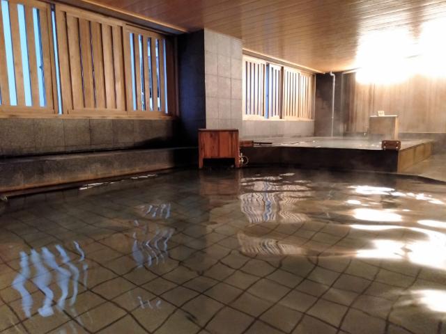 1泊5000円!2つの温泉がとっても素敵な熱海のホテルに泊まってみた【熱海温泉ホテル 夢いろは】 画像17