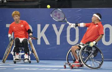 真田、三木らが2回戦へ 車いすテニス・27日 画像1