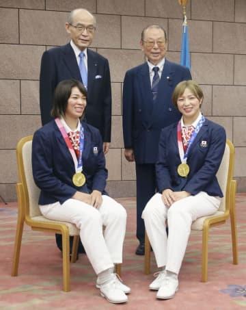 金メダルの川井姉妹に県民栄誉賞 石川知事「本当に重い」 画像1