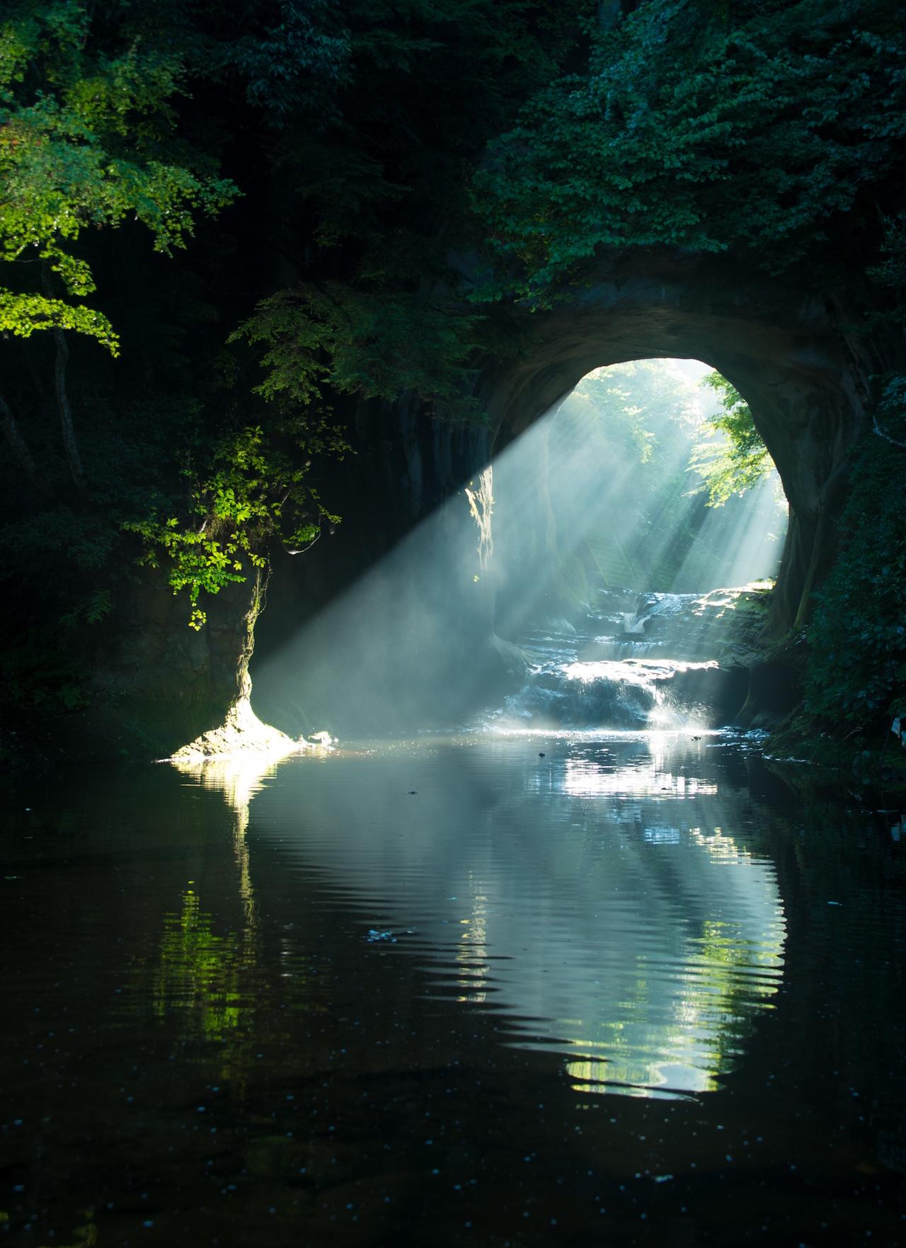 【涼を呼ぶ夏の絶景】南関東地域の美しい滝5選 画像4