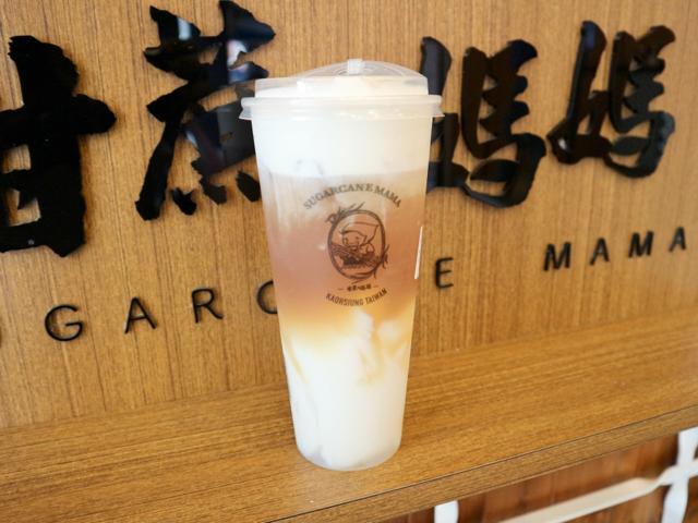 【台湾】「チーズ杏仁豆腐烏龍茶」がおすすめ!サトウキビドリンク店「甘蔗の媽媽」 画像1