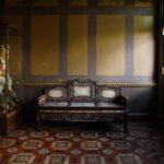 京都市指定有形文化財「螺鈿細工の椅子」