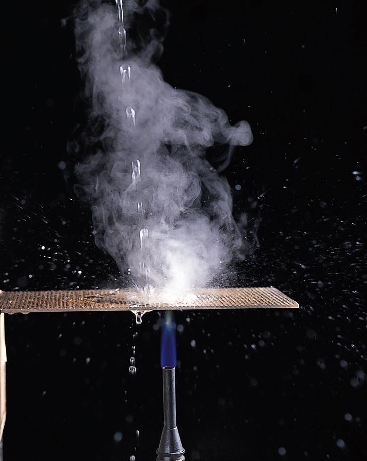フタに超耐熱結晶化ガラスを使用