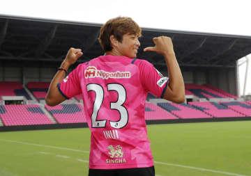乾貴士「経験を若手に伝えたい」 C大阪に10年ぶり復帰のMF 画像1