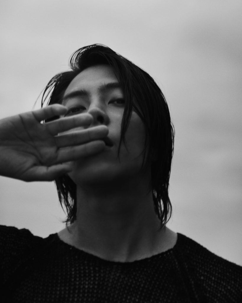 山下智久、初の写真集『Circle』の発売が決定 「自分の仕事も、誰かの背中を押せるように…」 画像1