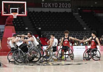 日本、米国に敗れ銀メダル 車いすバスケ・5日 画像1