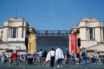 手話歌手やダンサーら式典で躍動 パリ大会へ引き継ぎ 画像1