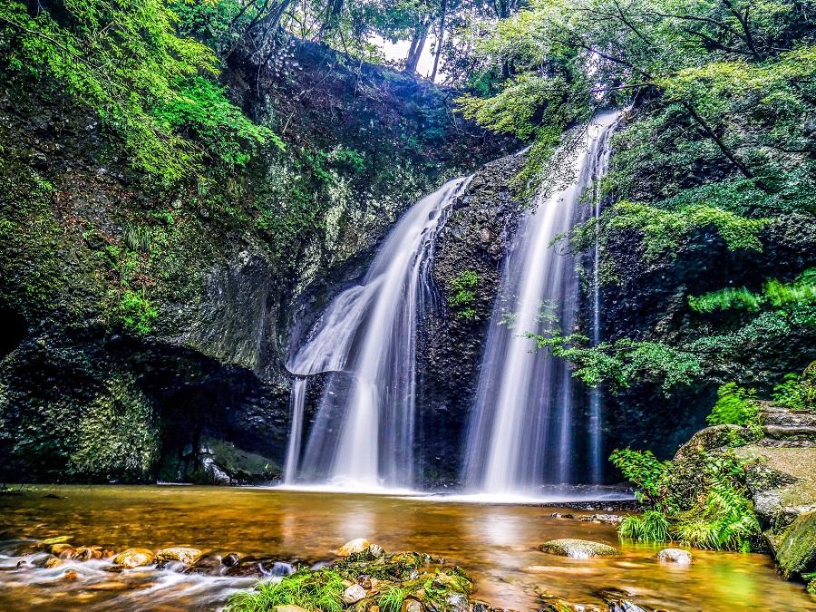 【涼を呼ぶ夏の絶景】北関東地域の美しい滝5選 画像3