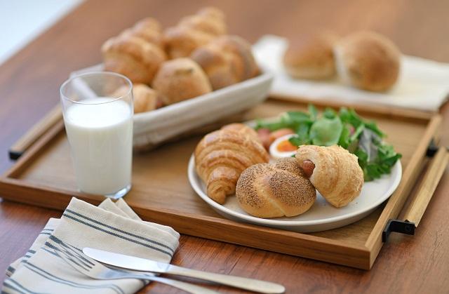 「24/7 DELI&SWEETS」の低糖質パンがHOKUOに期間限定で登場! 画像1