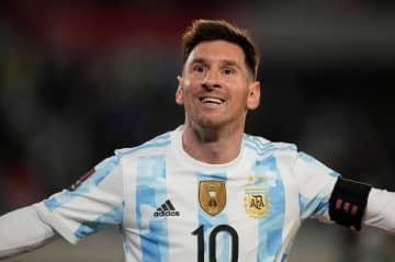 メッシ、南米最多の79得点 ブラジルの王様ペレを抜く 画像1