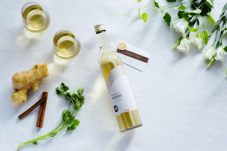 大関が純米酒ベースのボタニカルリキュールを開発 女性社員の発案で、クラウドファンディング活用 画像1