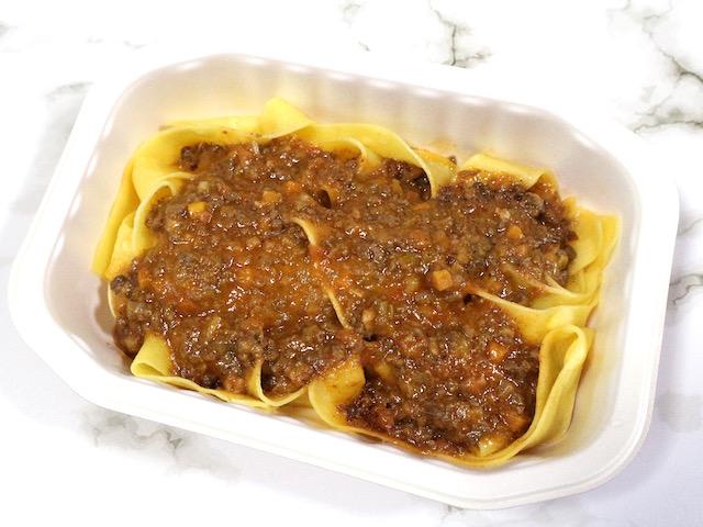 家で手軽に楽しむ本格イタリアン!レンジで温めるだけでレストランの味を再現する「ディナーパスタ」実食ルポ【ロイヤルデリ】 画像7