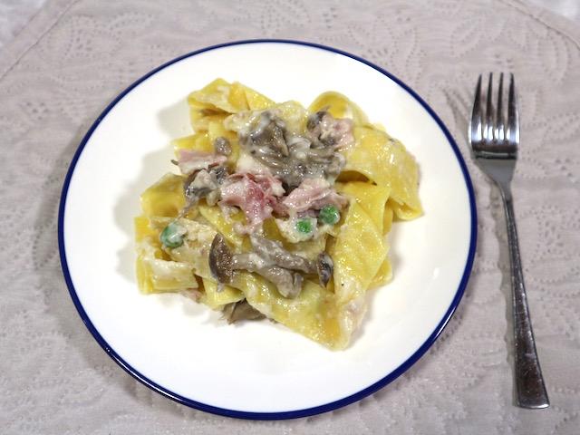 家で手軽に楽しむ本格イタリアン!レンジで温めるだけでレストランの味を再現する「ディナーパスタ」実食ルポ【ロイヤルデリ】 画像11