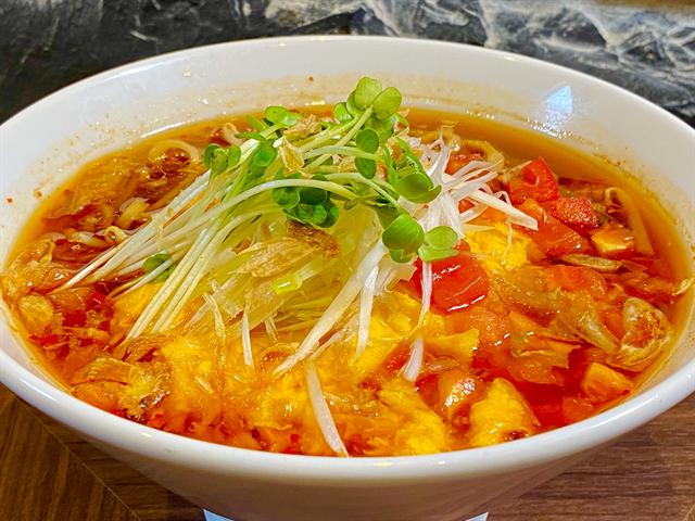 【春水堂】梨たっぷりドリンク、酸辣湯麵、台湾カステラも新登場!旬の味わいが楽しめる秋の新商品実食ルポ 画像8
