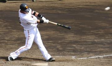 巨人・中田が2軍戦で2本塁打 11日に降格、復調示す 画像1