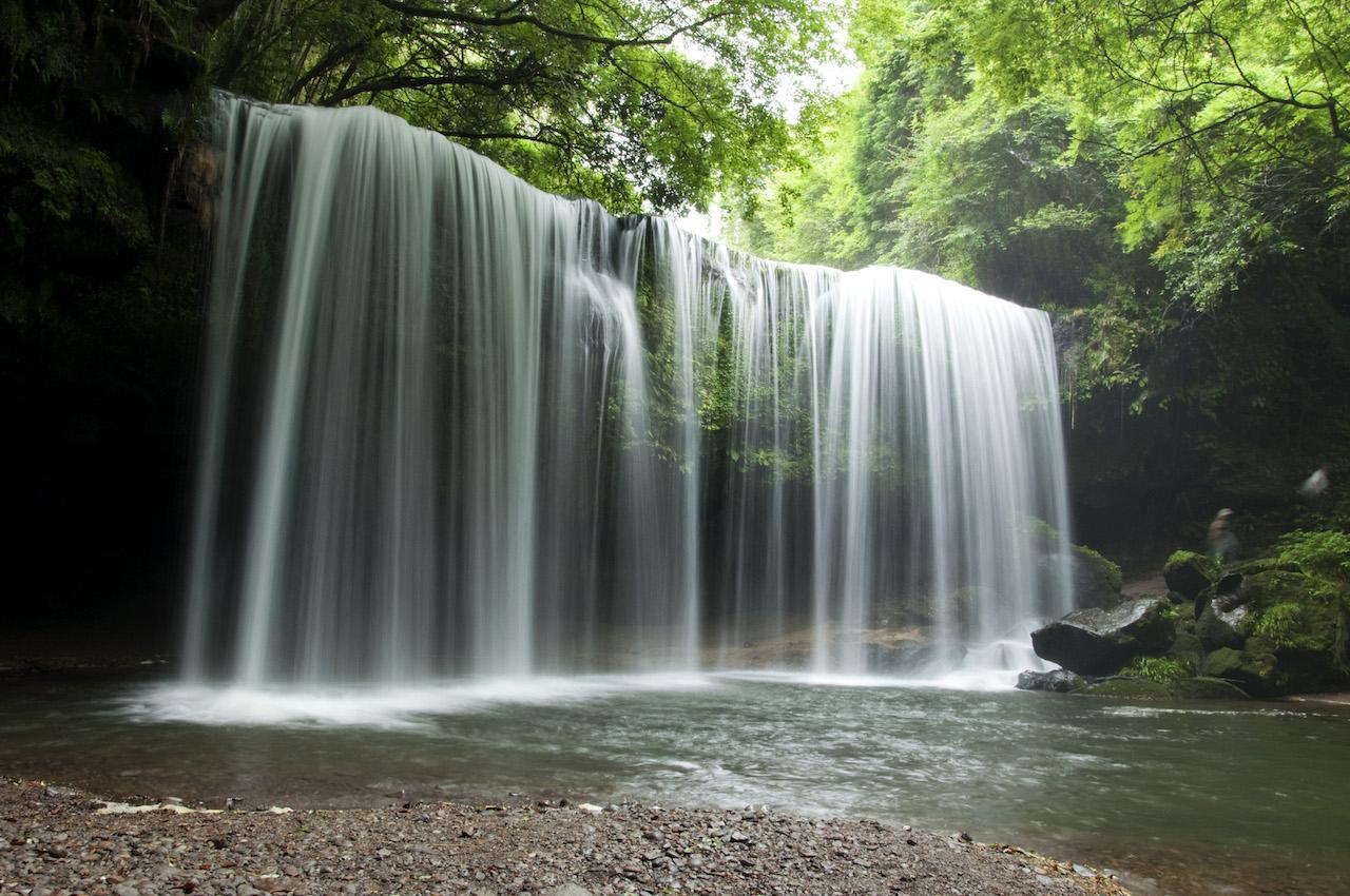 【涼を呼ぶ夏の絶景】日本全国の美しい滝55選 画像12