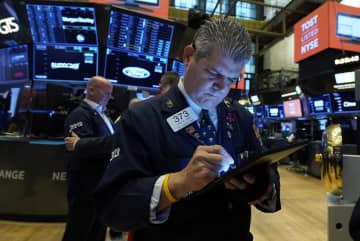 NY株反発、338ドル高 中国恒大への懸念和らぐ 画像1