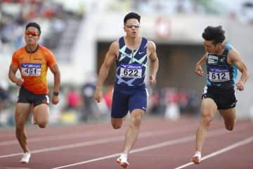男子100m、小池V10秒19 全日本実業団陸上第2日 画像1