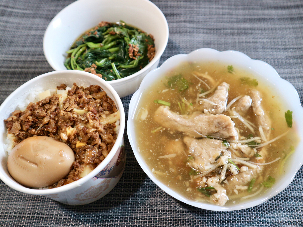 """【台湾】具だくさんな""""豚肉とろみスープ""""が大人気!台北・東門市場近く「東門赤肉羹」 画像1"""