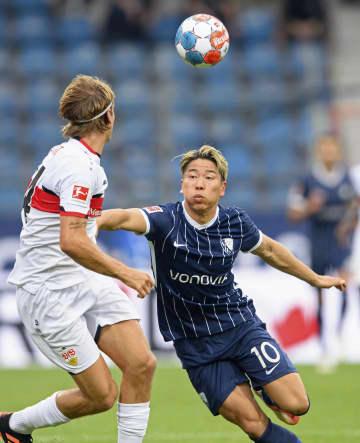 浅野拓磨、4試合ぶりに復帰 ドイツ1部、遠藤航はフル出場 画像1