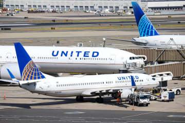 ワクチン接種拒否の600人解雇 ユナイテッド航空、安全最優先 画像1