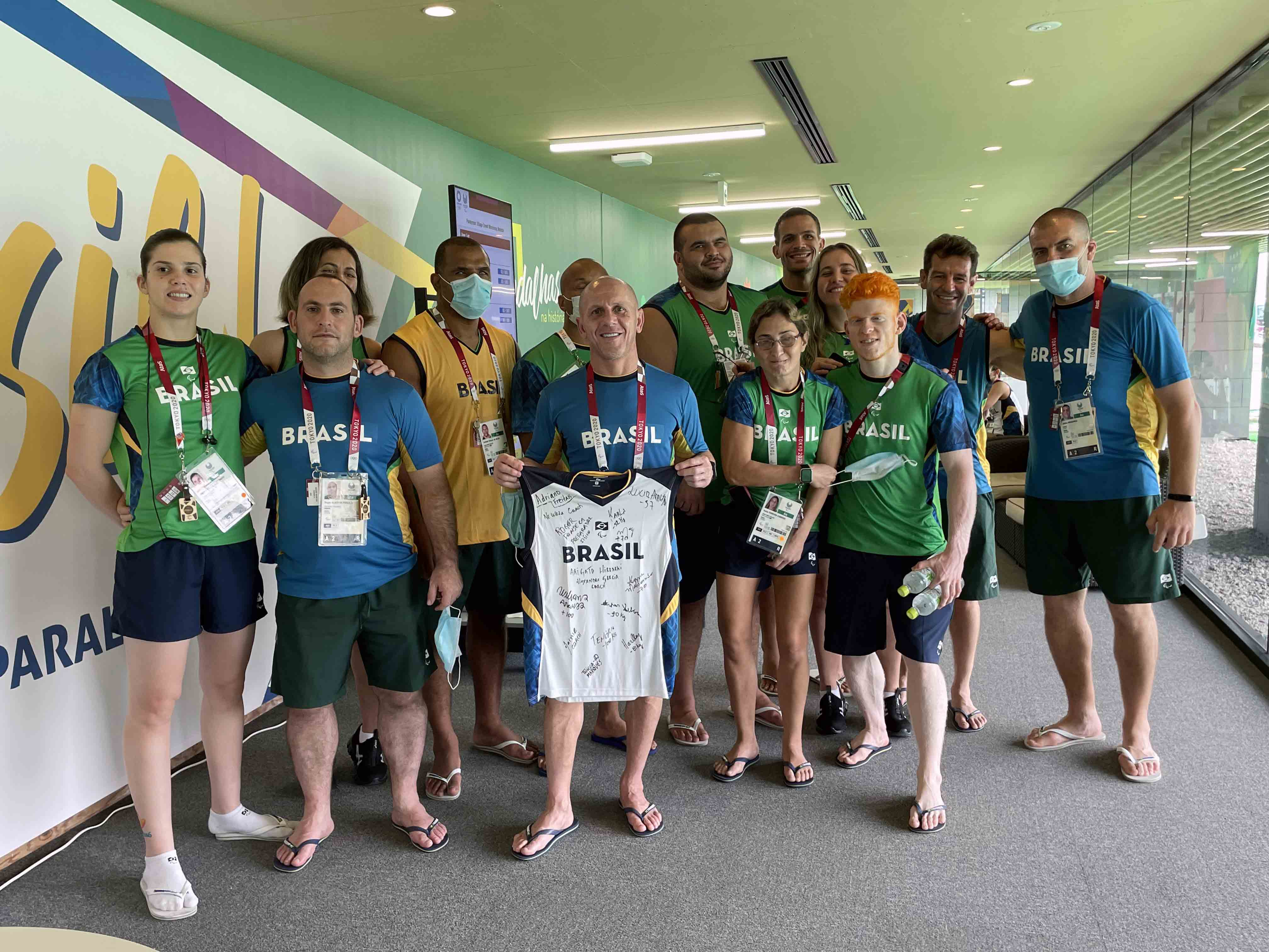 東京2020パラリンピック大会のブラジル代表チーム(後列左から2人目がテノリオ選手)。