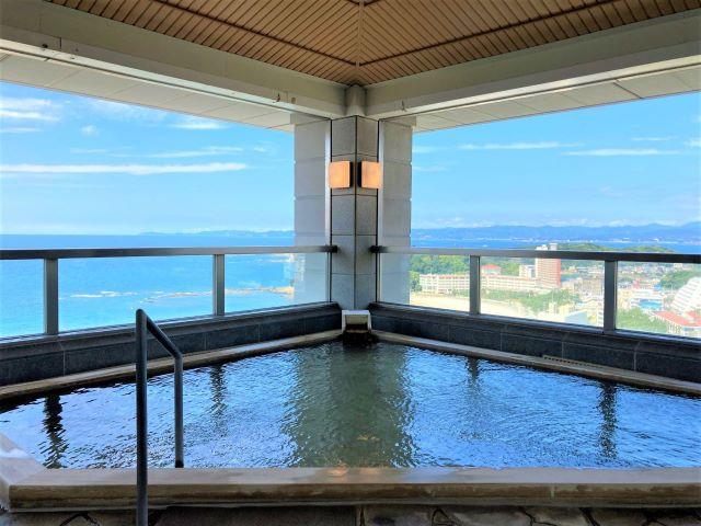 最上階の露天風呂は海に囲まれた絶景温泉!オーシャンビューの客室や充実の朝食も魅力「南紀白浜マリオットホテル」【宿泊ルポ】 画像13