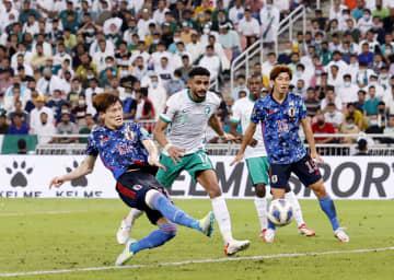 日本、サウジに敗れる サッカーW杯最終予選 画像1