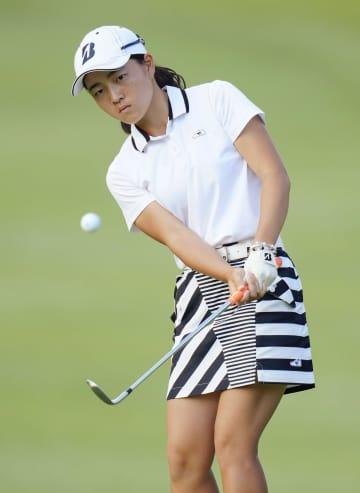 女子ゴルフ、アマの佐藤ら首位 スタンレー・レディース第2日 画像1