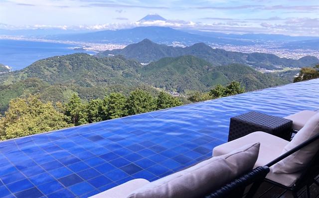 雪化粧した富士山と駿河湾が絶景!「碧テラス」秋の限定メニュー登場 画像1