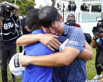 28歳の杉山知靖が初優勝 ブリヂストン・オープン最終日 画像1
