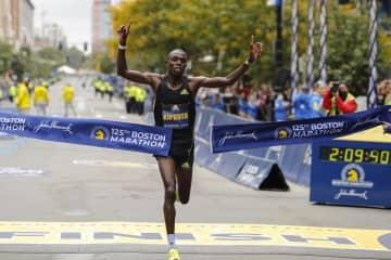 男女ともケニア勢が初優勝 ボストン・マラソン 画像1