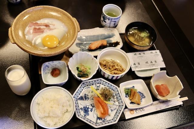 ウニ、牡蠣、ご当地ブランド豚・・・山海の恵みひしめく美食を堪能「旅館くりもと」【北海道浜中町の旅3】 画像9